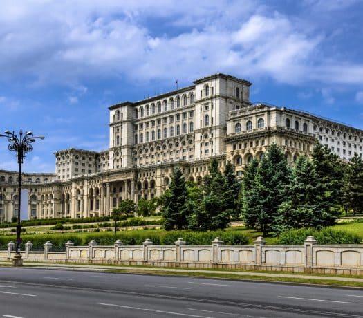 Le Palais du Parlement de Bucarest, en Roumanie
