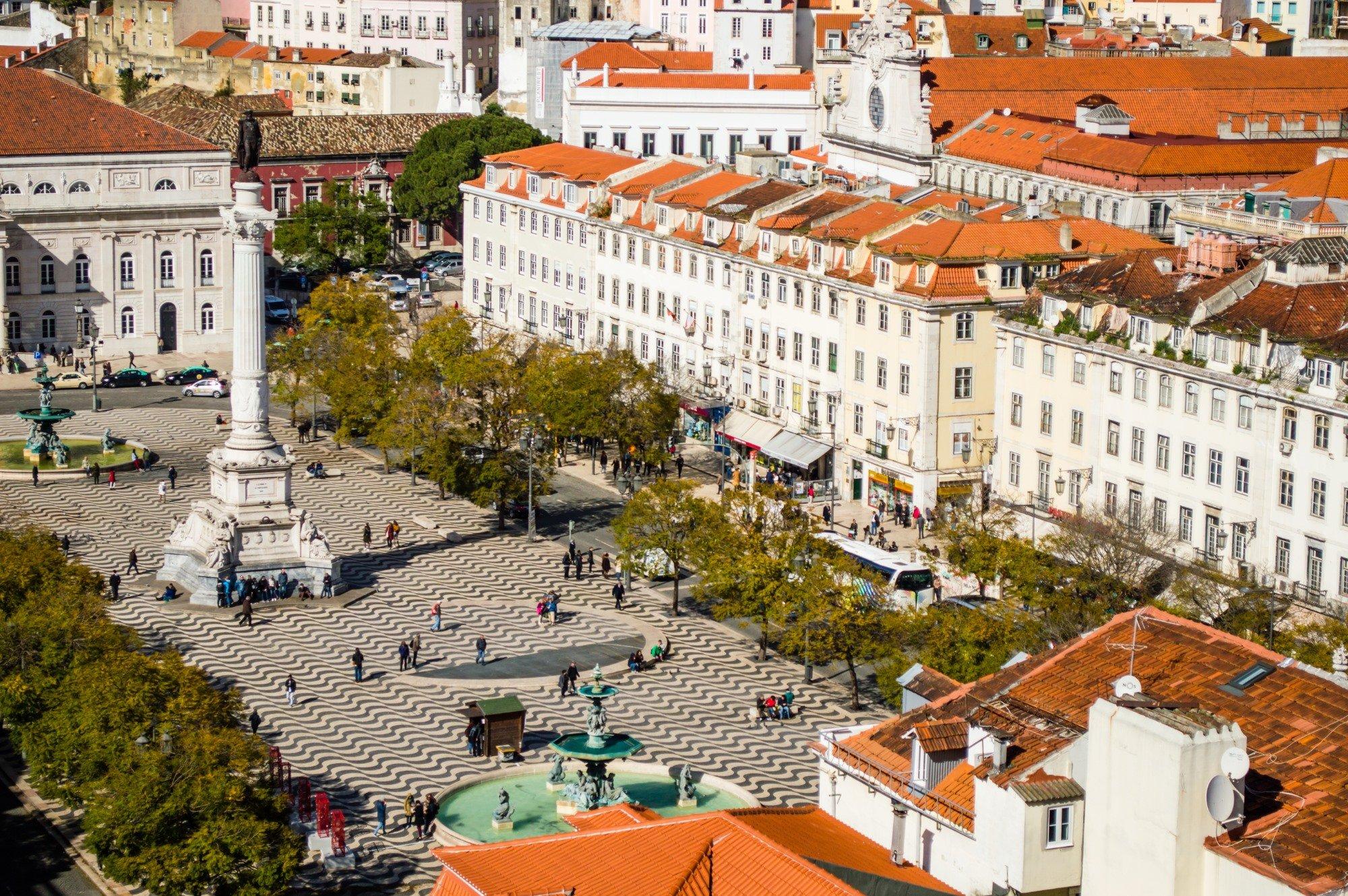 le centre ville de lisbonne portugal desti nations. Black Bedroom Furniture Sets. Home Design Ideas