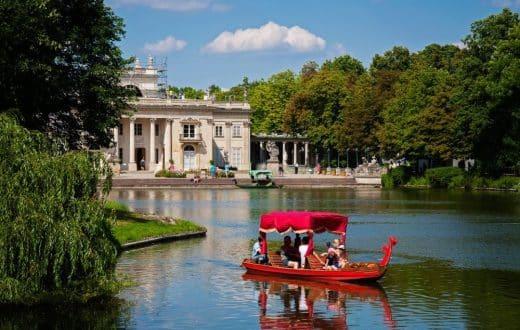Le parc Lazienki et le monument de Chopin