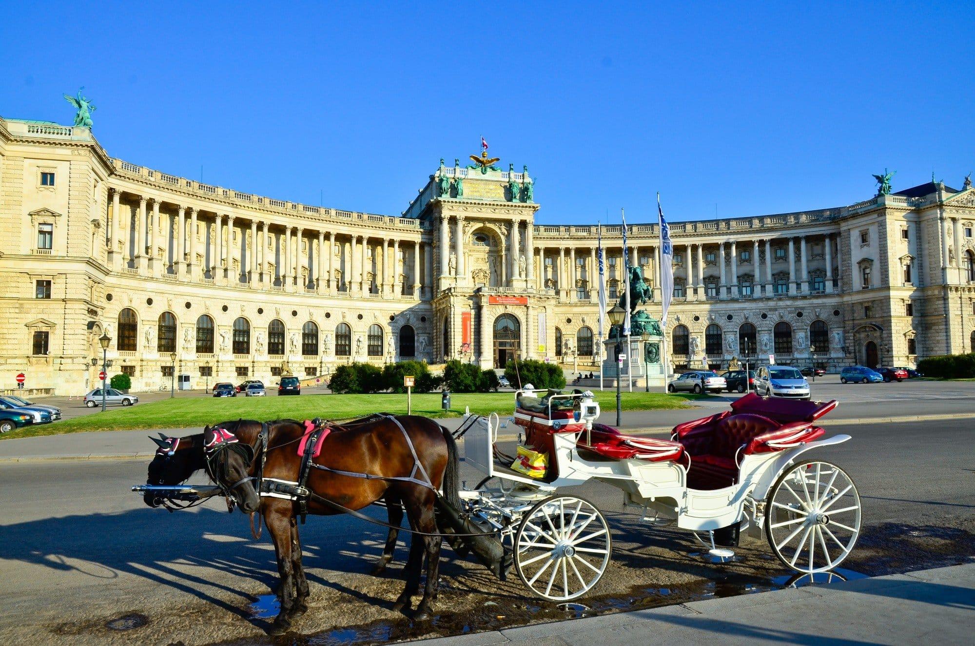 Le palais imp rial de vienne autriche desti nations - Office de tourisme de vienne autriche ...