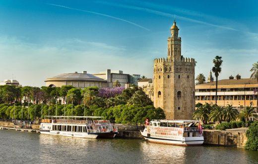 La tour de l'Or (le musée de la Marine) – Séville