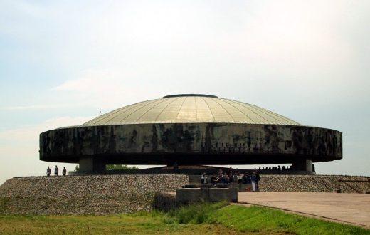 Camp de Concentration de Majdanek (Pologne)