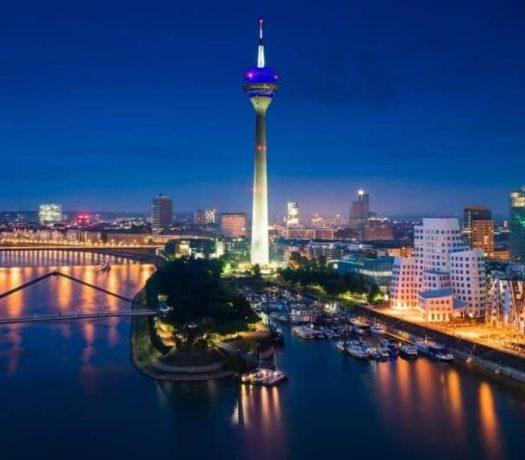Düsseldorf - vue panoramique nocturne