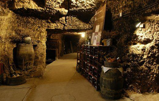 Cave à vins troglodyte en Touraine